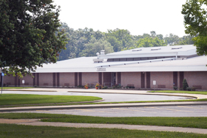 Photo of the outside of Fleetridge Elementary