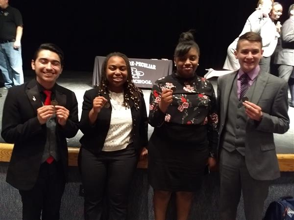 Raytown South Speech and Debate students qualify for state tournament